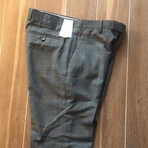 NWT men's dress pants from Banana Republic 33x34